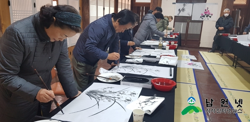 0410문화예술과-2019년 향교서원 문화재 활용사업3.jpg