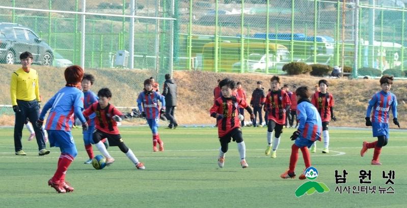 0106 교육체육과 - 남원,동계 전지훈련 열기로 후끈 (축구) (3).JPG